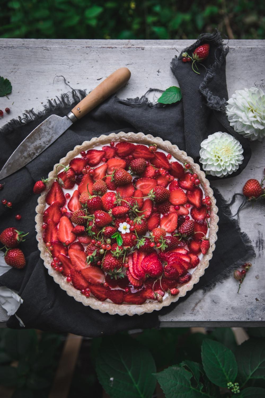 Strawberry Tart with Cream Cheese